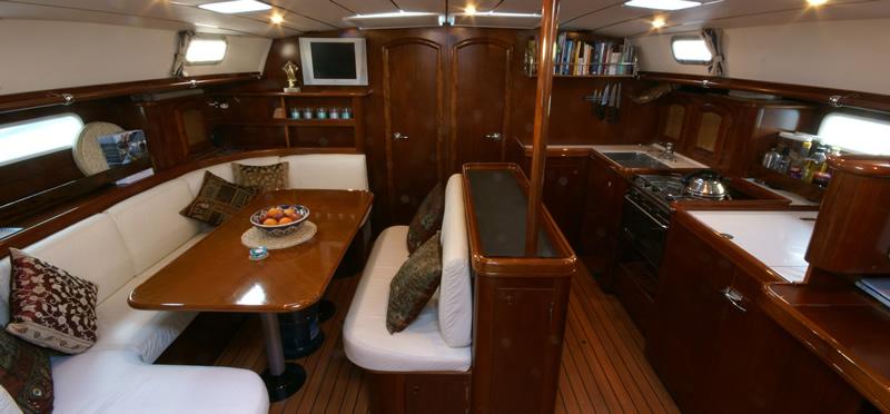 Navalia - Imbarcazione Beneteau 50 5