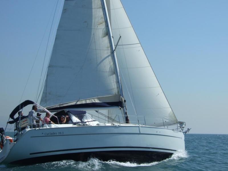 Navalia - Imbarcazione Cyclades 39 2