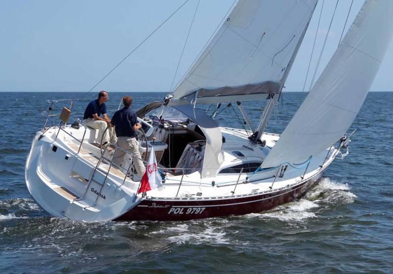 Navalia - Imbarcazione Delphia 37.3 2