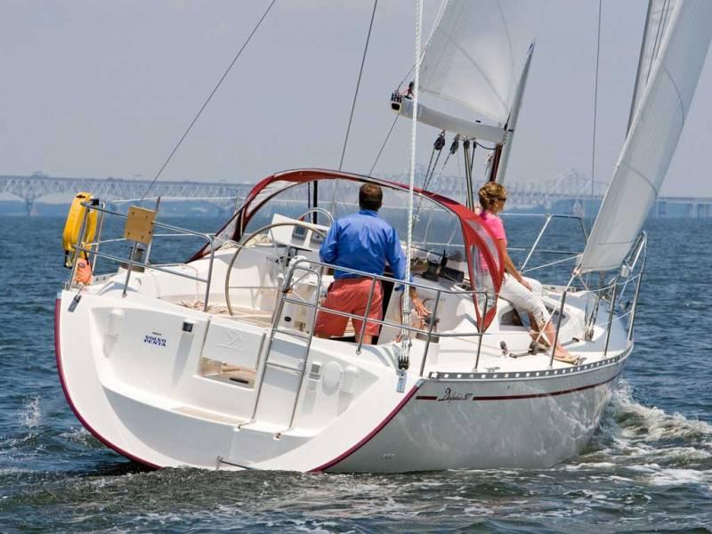 Navalia - Imbarcazione Delphia 37.3 3