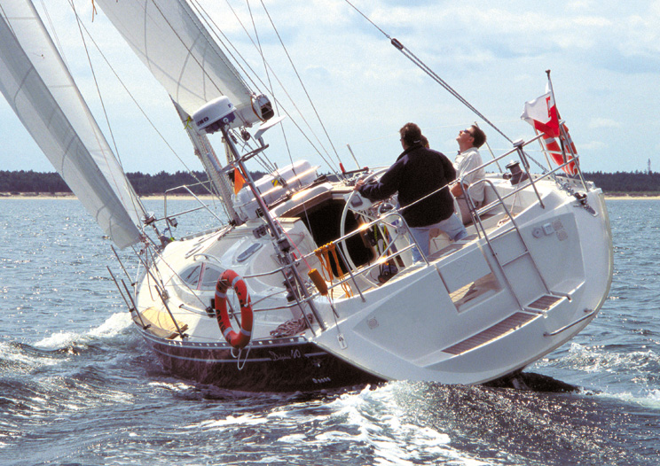 Navalia - Imbarcazione Delphia 40 2