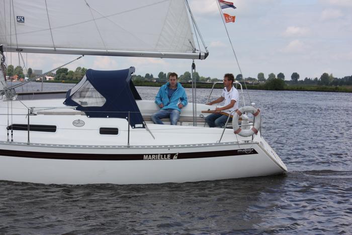 Navalia - Imbarcazione Dufour 30 2