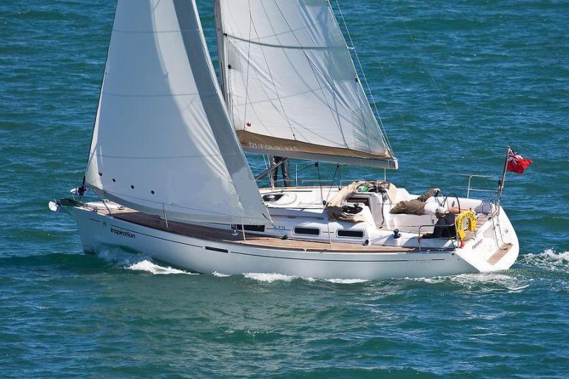 Navalia - Imbarcazione Dufour 325 2