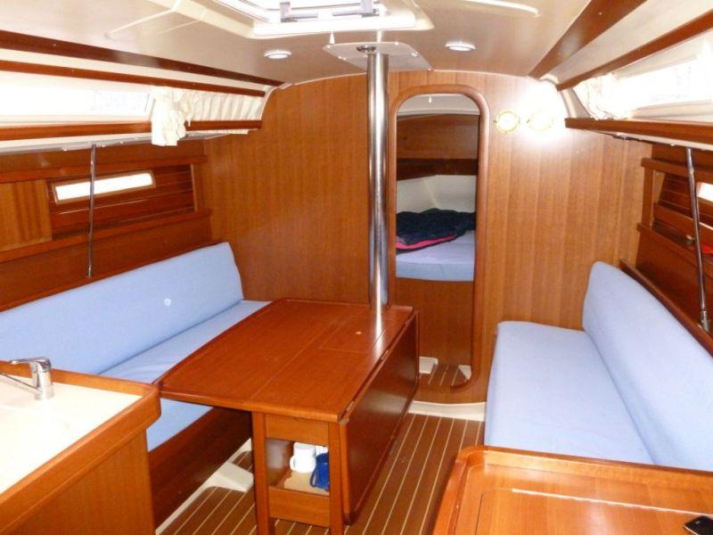 Navalia - Imbarcazione Dufour 325 6