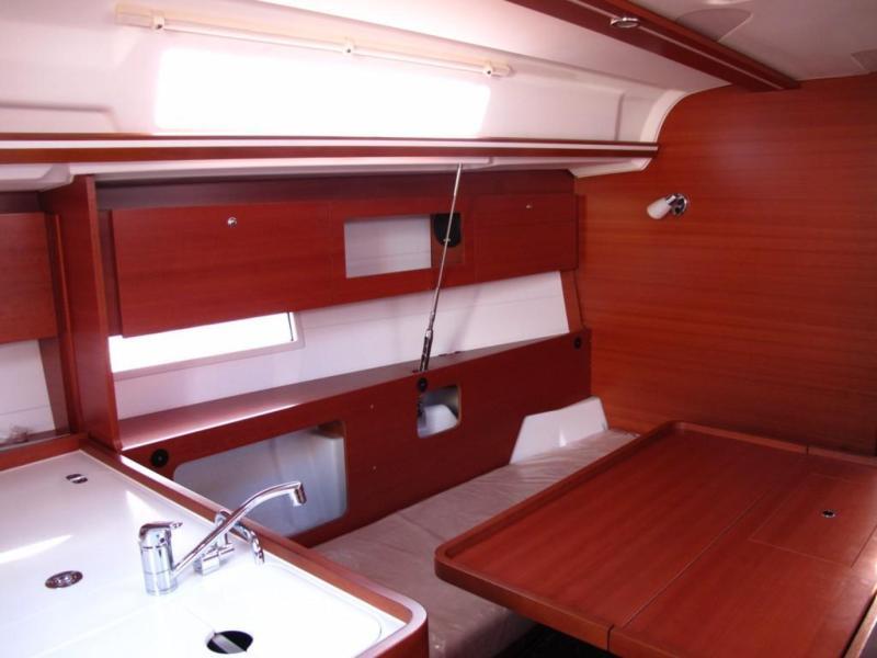Navalia - Imbarcazione Dufour 335 Grand Large 7