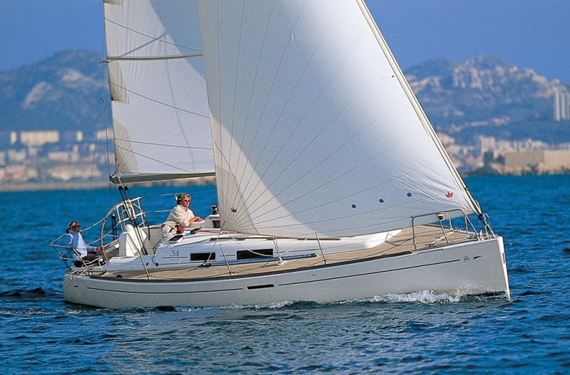 Navalia - Imbarcazione Dufour 34 1