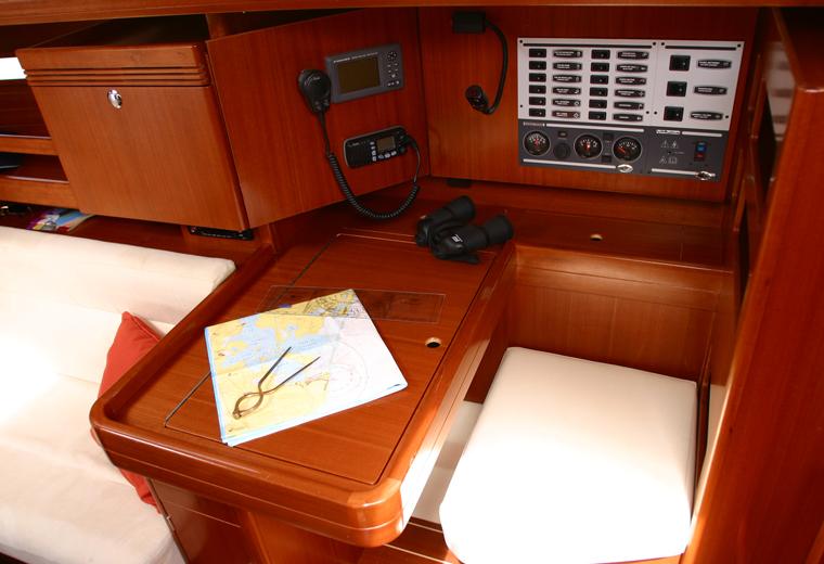 Navalia - Imbarcazione Dufour 34 7