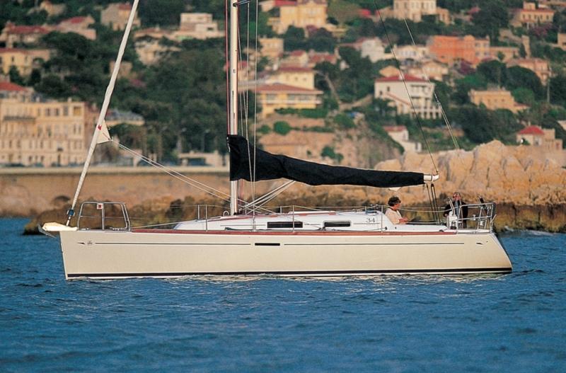 Navalia - Imbarcazione Dufour 34 2