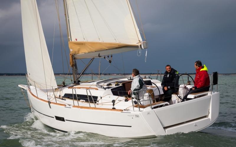 Navalia - Imbarcazione Dufour 350 GL 2
