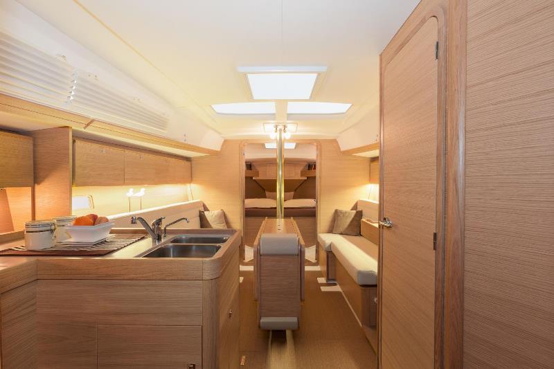 Navalia - Imbarcazione Dufour 350 Grand Large 9