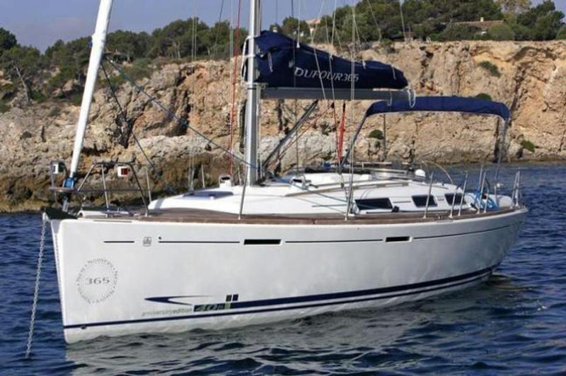 Navalia - Imbarcazione Dufour 365 3