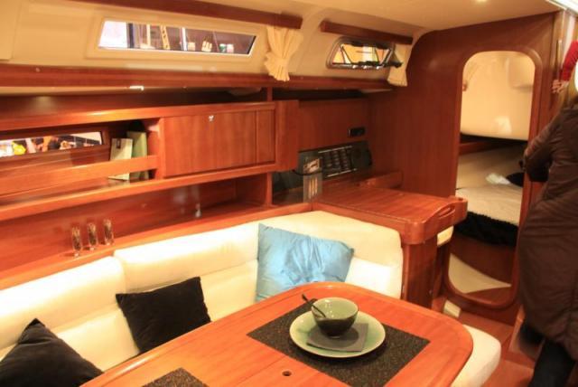 Navalia - Imbarcazione Dufour 365 8