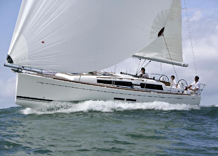 Navalia - Imbarcazione Dufour 375 GL 2