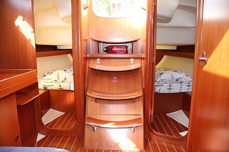 Navalia - Imbarcazione Dufour 385 8