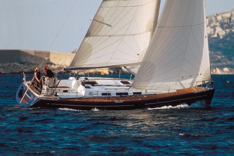 Navalia - Imbarcazione Dufour 40 1