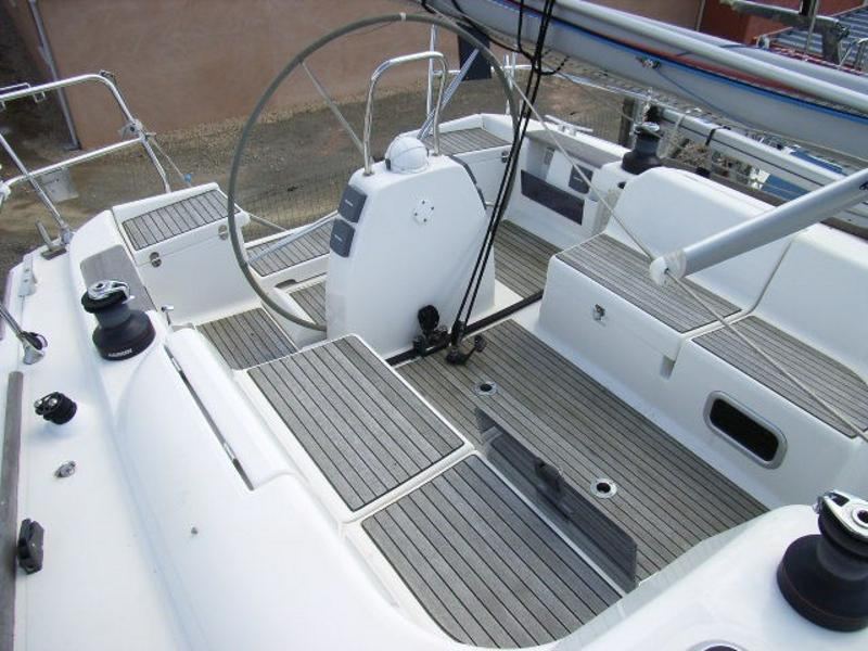 Navalia - Imbarcazione Dufour 40 4