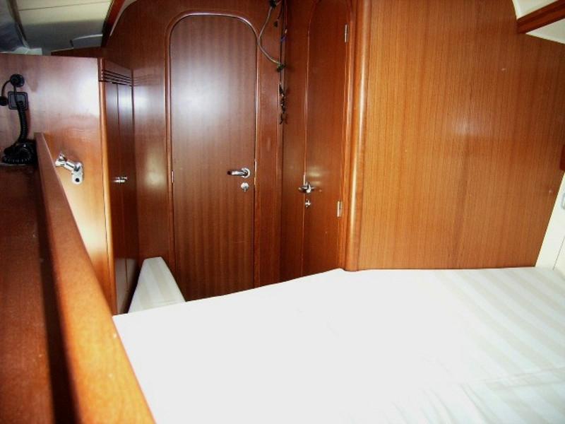 Navalia - Imbarcazione Dufour 40 8