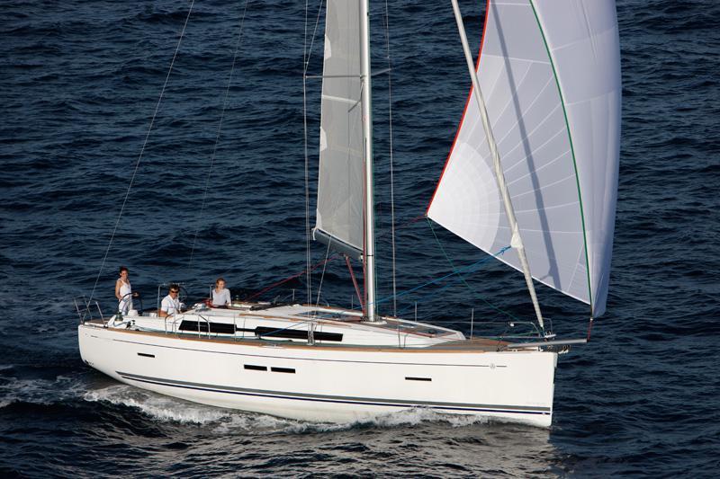 Navalia - Imbarcazione Dufour 405 2