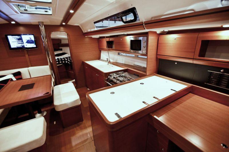 Navalia - Imbarcazione Dufour 405 GL 6