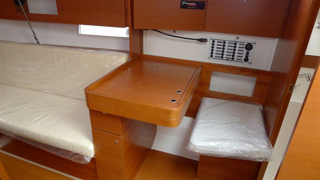 Navalia - Imbarcazione Dufour 405 9