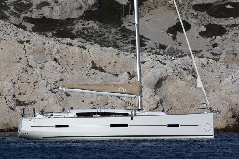 Navalia - Imbarcazione Dufour 410 1