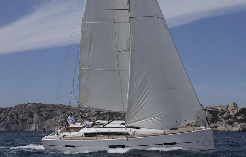 Navalia - Imbarcazione Dufour 410 3