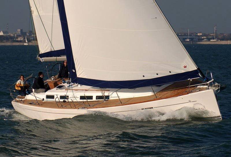 Navalia - Imbarcazione Dufour 425 3