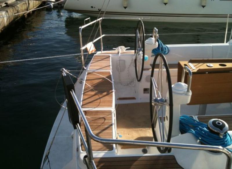 Navalia - Imbarcazione Dufour 425 5