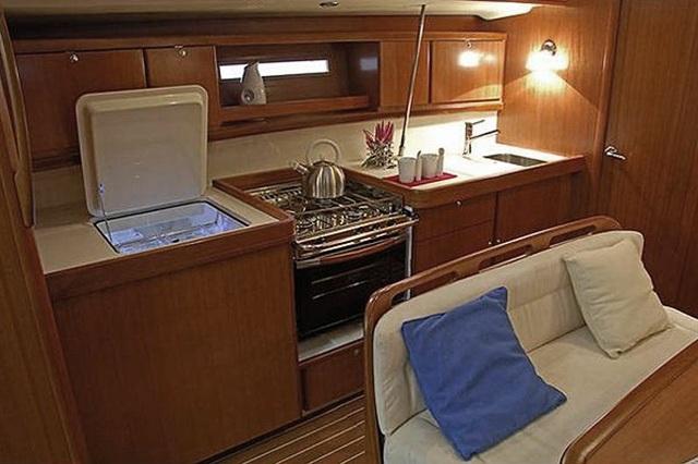 Navalia - Imbarcazione Dufour 425 Grand Large 7