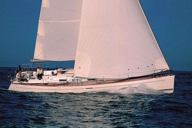 Navalia - Imbarcazione Dufour 44 Performance 1