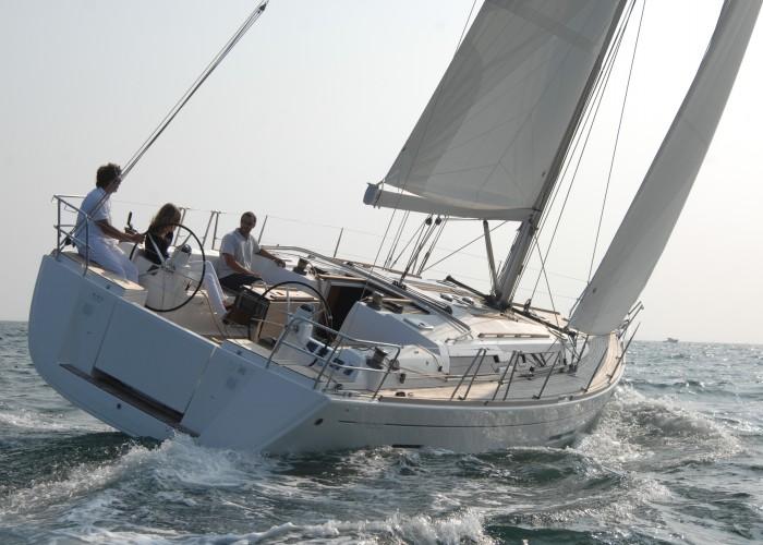 Navalia - Imbarcazione Dufour 445 1