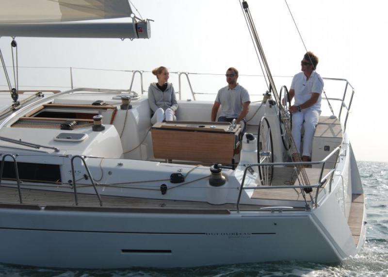 Navalia - Imbarcazione Dufour 445 – 3 cab. 4