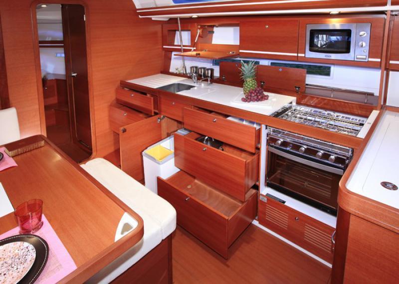 Navalia - Imbarcazione Dufour 445 GL 8