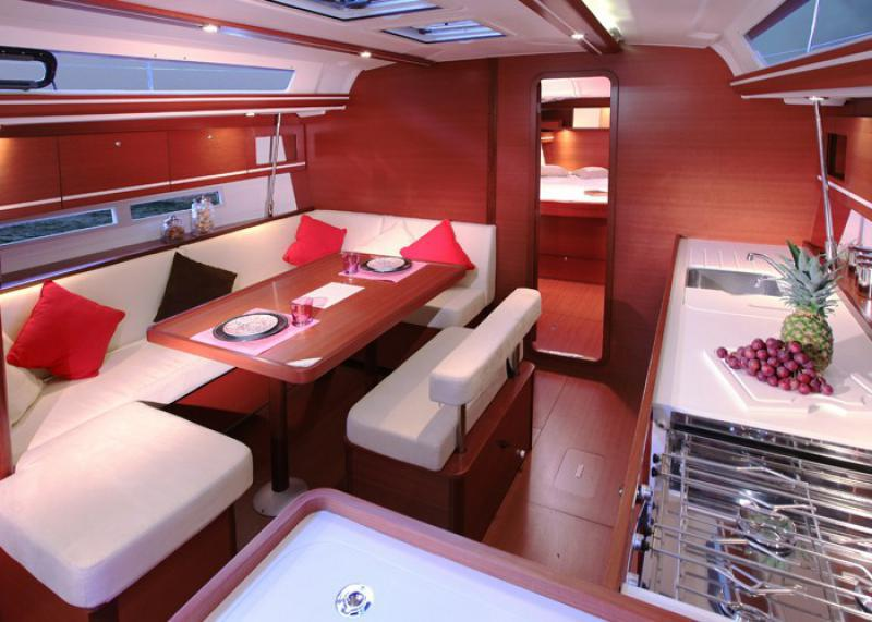Navalia - Imbarcazione Dufour 445 GL 6