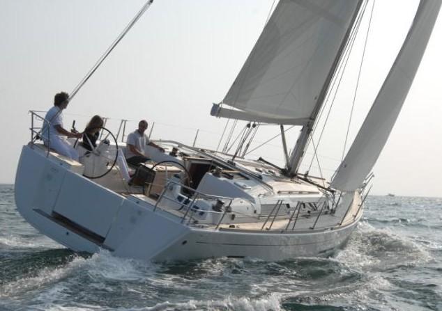 Navalia - Imbarcazione Dufour 450 GL 1