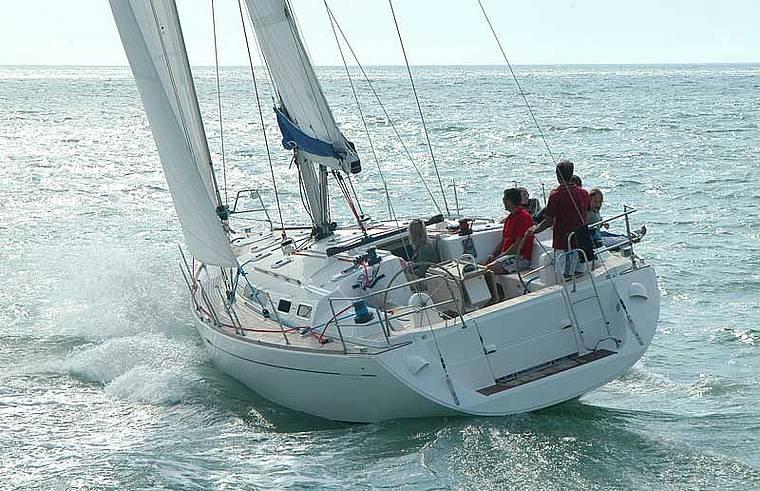 Navalia - Imbarcazione Dufour 455 1