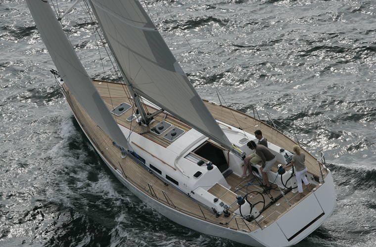 Navalia - Imbarcazione Dufour 45 E 2