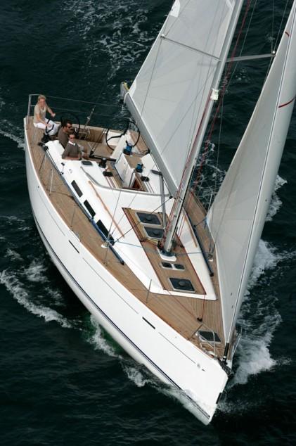 Navalia - Imbarcazione Dufour 45 E 4