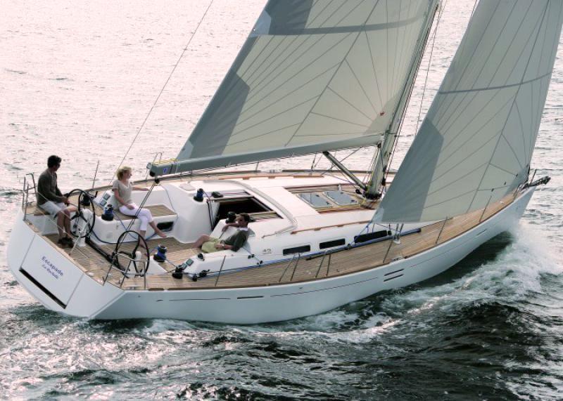 Navalia - Imbarcazione Dufour 45 E 5