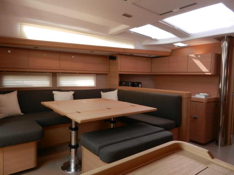 Navalia - Imbarcazione Dufour 500 – 4 cab. e 4 wc 9
