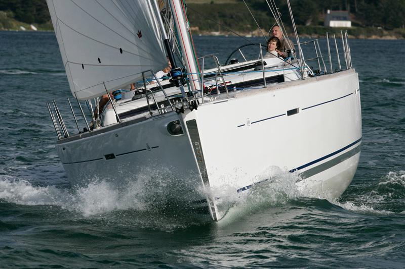 Navalia - Imbarcazione Dufour 525 3