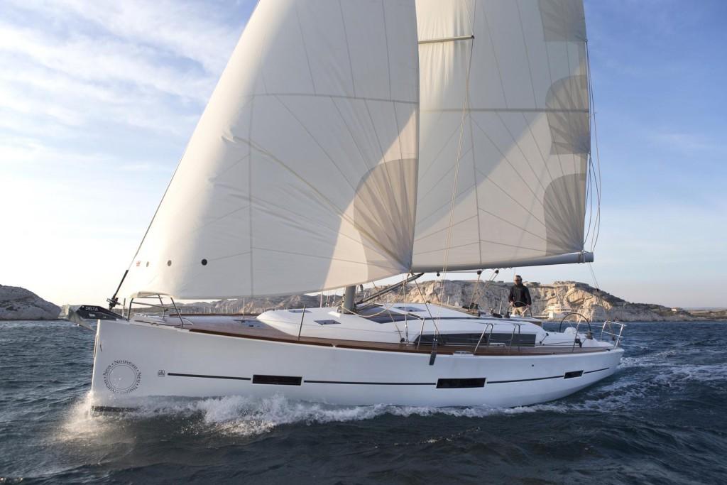 Navalia - Imbarcazione Dufour 560 1