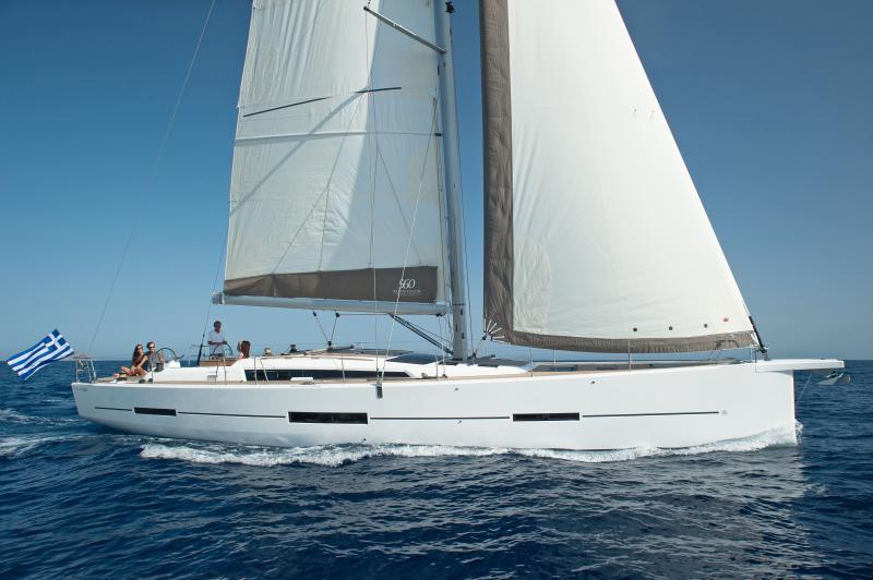 Navalia - Imbarcazione Dufour 560 2