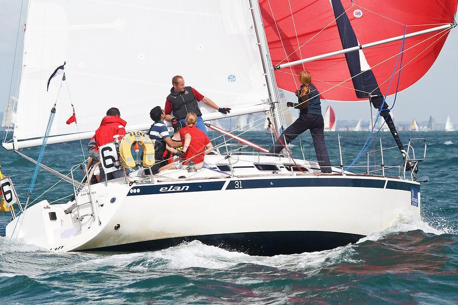 Navalia - Imbarcazione Elan 31 2