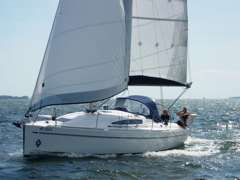 Navalia - Imbarcazione Elan 340 2