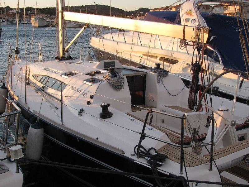 Navalia - Imbarcazione Elan 340 5