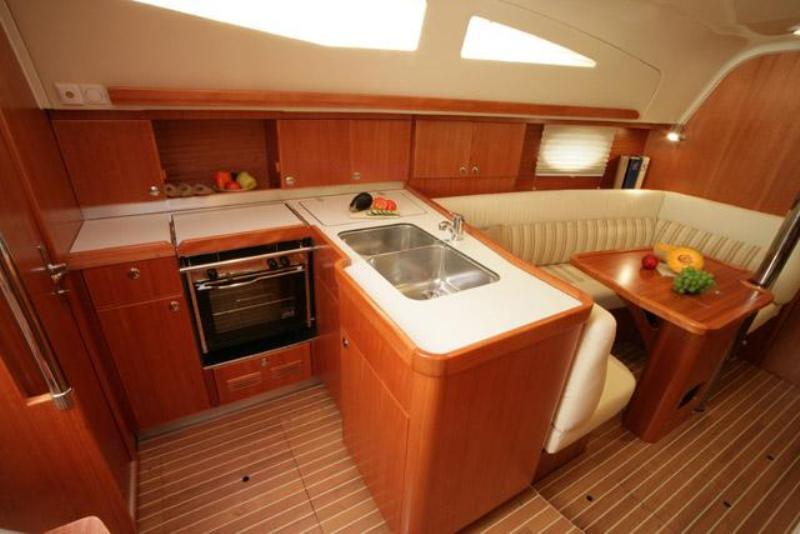 Navalia - Imbarcazione Elan 344 Impression 5