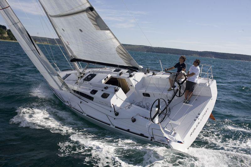 Navalia - Imbarcazione Elan 350 3