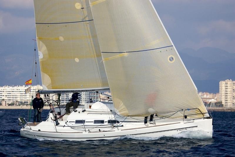 Navalia - Imbarcazione Elan 37 1