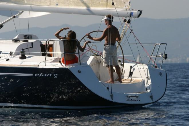 Navalia - Imbarcazione Elan 37 4